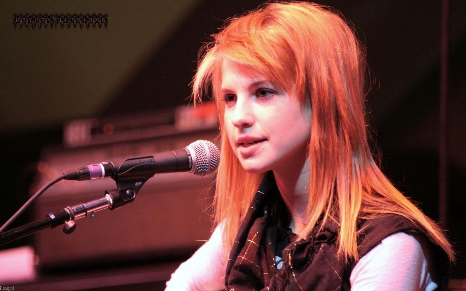 Hayley Williams Lovely