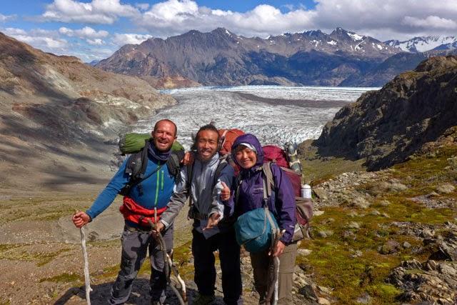 Amigos en trekking en el Chalten