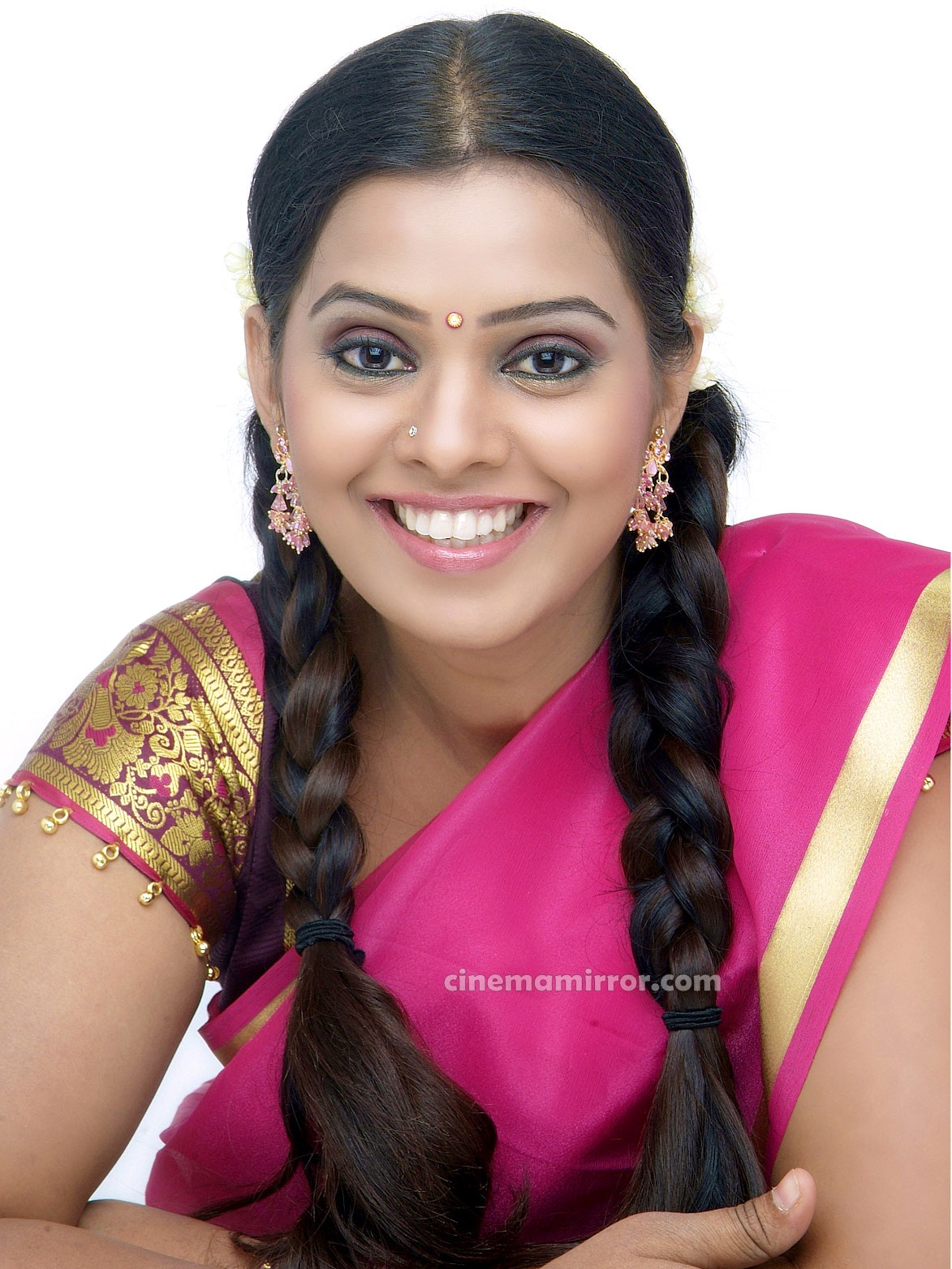 http://2.bp.blogspot.com/-ekiuu34XXlk/Tafwn6TNPKI/AAAAAAAAF-8/uWZdc_ZZ8UY/s1600/Tamil_Actress_Kushi_Half_Saree_Photo_Shoot_Gallery_02.jpg