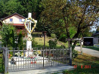 Križ u Vugrovcu