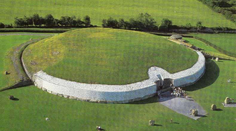 El complejo arqueológico Brú na Bóinne, El valle del Boyne