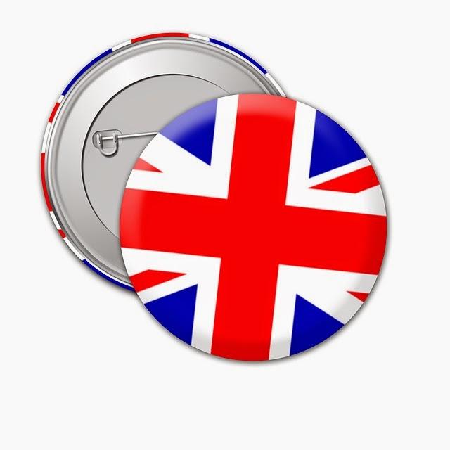 una spilla blu e rossa con bandiera inglese
