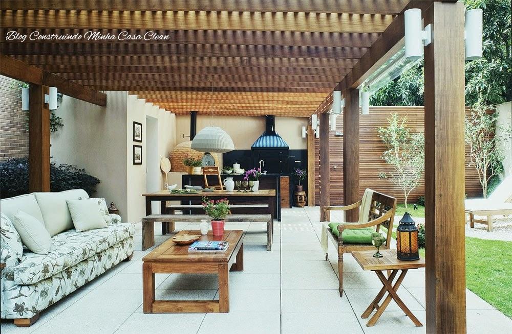 ideias baratas jardins:Construindo Minha Casa Clean: Deck de Madeira na Parede!!!