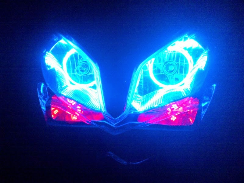 Lampu Angle Eyes Di Motor