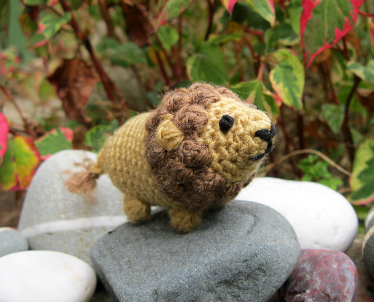 LucyRavenscar - Crochet Creatures: Boris The Tiny Lion ...
