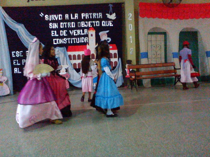 Escuela 409 manuel belgrano en su 110 aniversario acto for Decoracion 25 de mayo nivel inicial