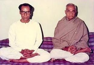Brahmagyani Kriya yoga Masters - Yogacharya Dr. Ashoke Kumar Chatterjee and Yogivar Sri Satyacharan Lahiri Mahasaya