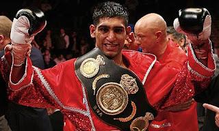 http://2.bp.blogspot.com/-emEmkP9PcKw/Ta6wIEUvQNI/AAAAAAAAAuA/EAoE5zK61OA/s1600/Amir-Khan-boxing.jpg