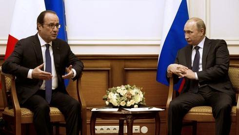 Ο Πρόεδρος Φρανσουά Ολάντ συναντήθηκε με το Ρώσο ομόλογό του Βλαντιμίρ Πούτιν.