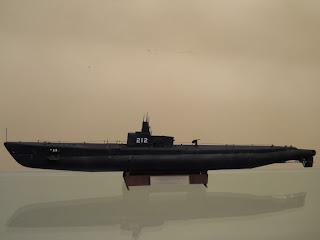submarino en miniatura a escala Gato SS 212 de Trumpeter
