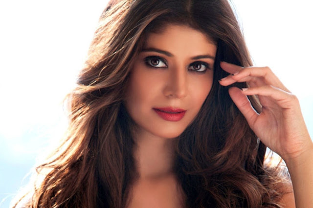 Beautiful Pooja Batra HD Wallpaper
