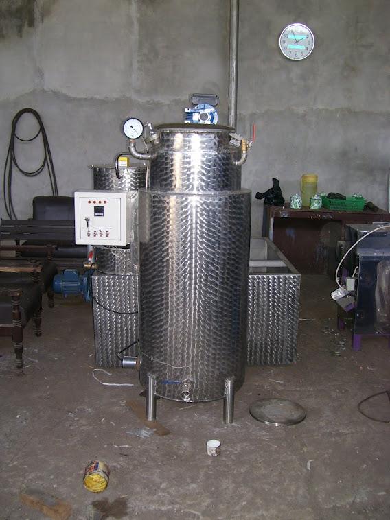 Mesin Evaporator Vacuum (Pembuat Susu Kental Manis)