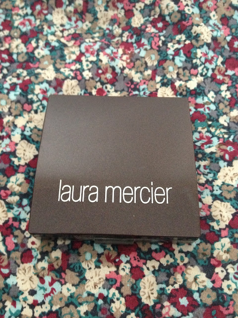 Laura Mercier Pressed Finishing Powder
