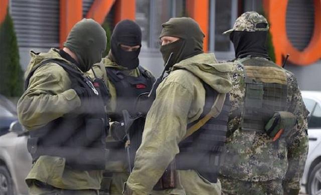 Ο Β.Πούτιν αποκάλεσε » ηλίθιους και εγκληματίες» τους Ουκρανούς που εισέβαλαν στην Κριμαία! σωστά! κομμουνιστές χρήσιμοι ηλίθιοι!παντού και πάντα!