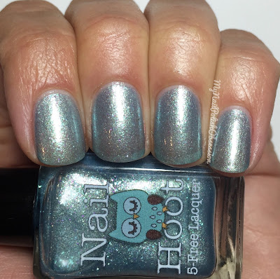 Nail Hoot Seasons; Winters Kiss