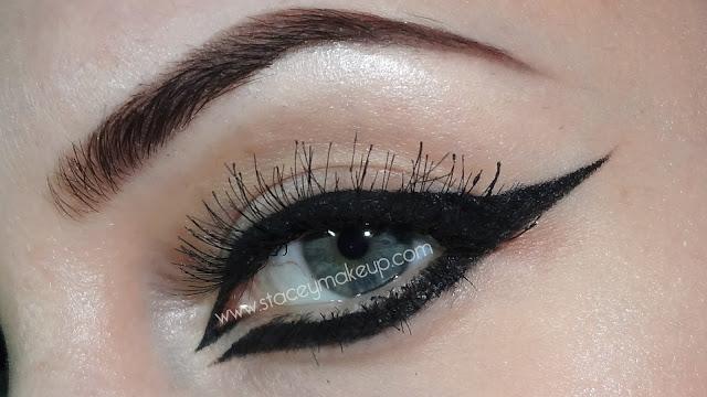 thick eyeliner tutorial