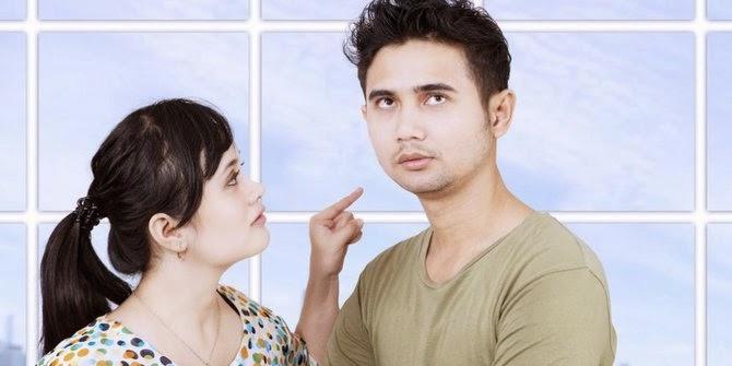 6 Hal Yang Sulit Dikatakan Pria Kepada Wanita