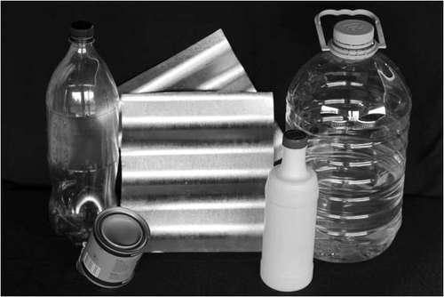Botol PET* bekas air mineral ( penjelasan PET ) Plat logam yang ...