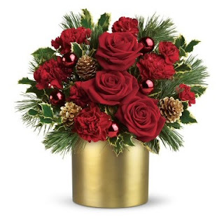 Send Christmas Flowers with an Elegant Bouquet