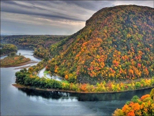 http://www.funmag.org/pictures-mag/nature/beautiful-autumn-20-pictures/