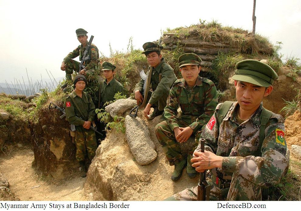 Myanmar Army Troops stays in Myanmar -Bangladesh Border