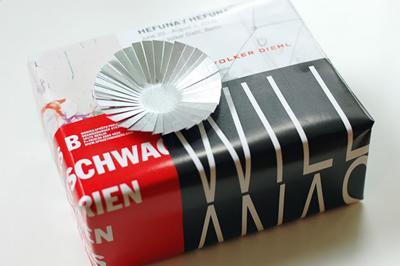 Envolver regalos de forma original con Recicla Inventa