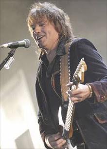Bon Jovi continuará su gira sin Richie Sambora, en tratamiento por alcoholismo