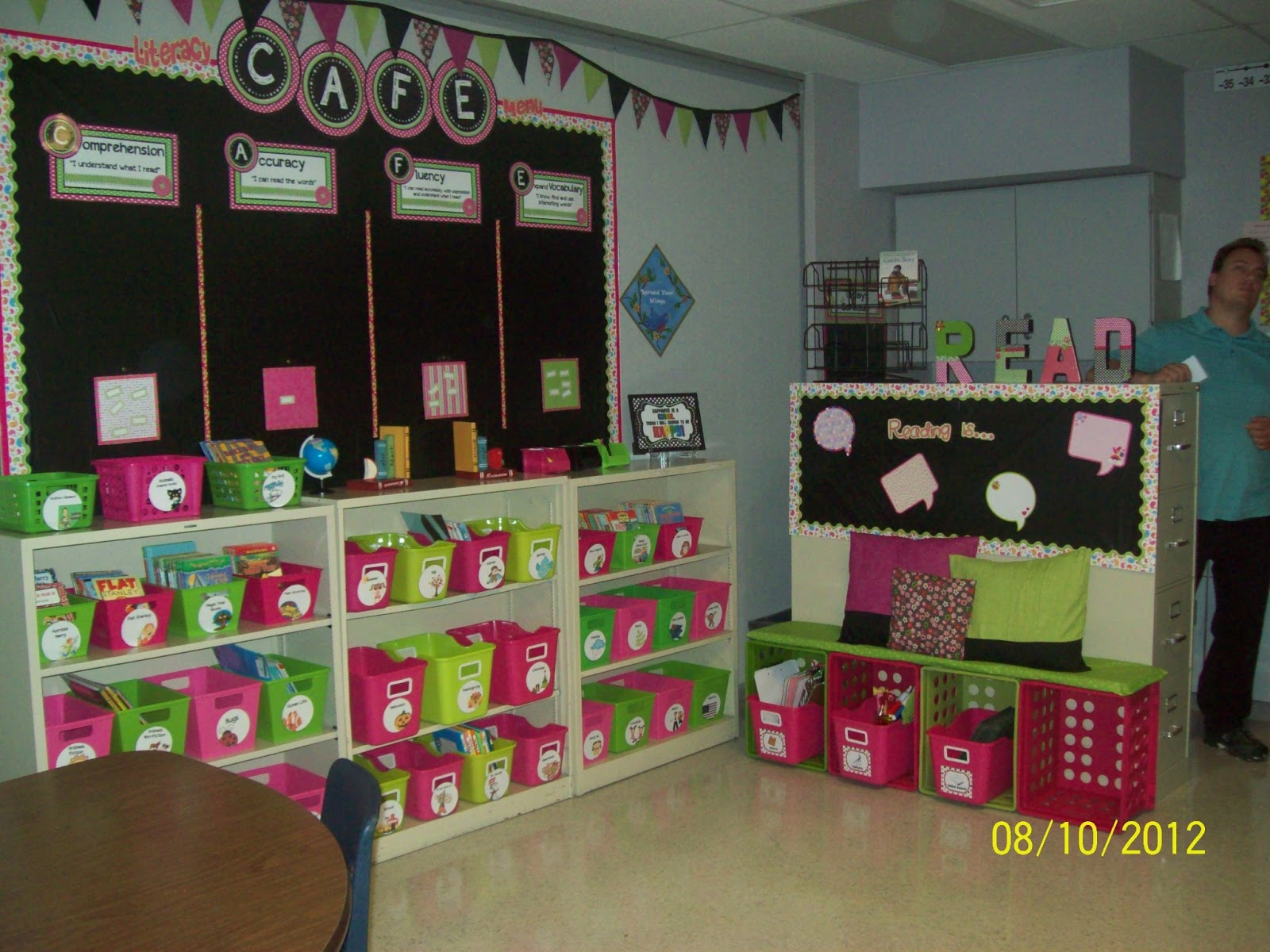 Special Education Classroom Decorations ~ A special sparkle hello from amy