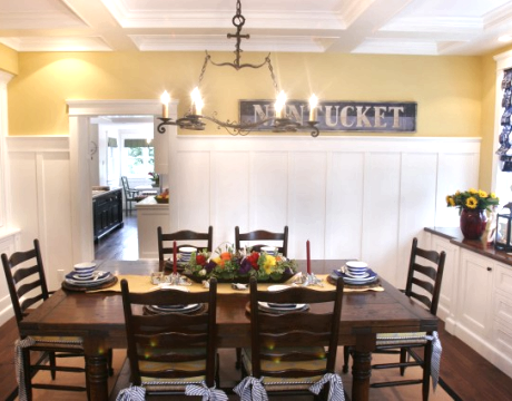 Nantucket cottage style dining room