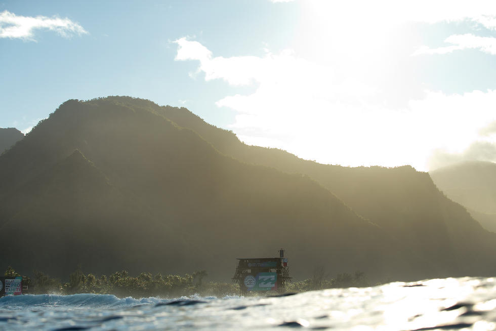 26 Tower Billabong Pro Tahiti Foto WSL Stephen Robertson