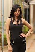 Zara Shah photos at Aithe 2 launch-thumbnail-1