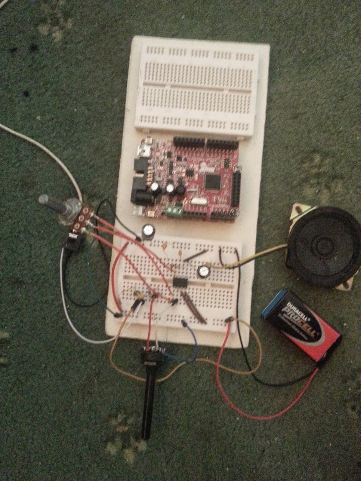 The Answer Is 42 Lm386 Ruby Amplifier Power Circuit With Ic Schematic Diagram Amp On Breadboard