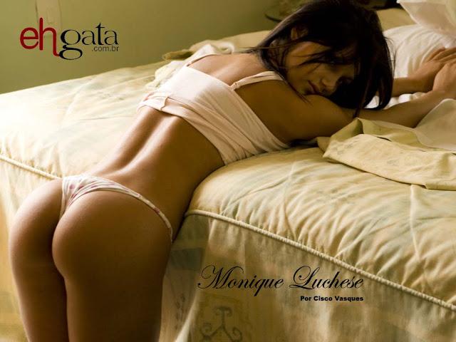 Monique Luchese nua e pelada em ensaio sensual