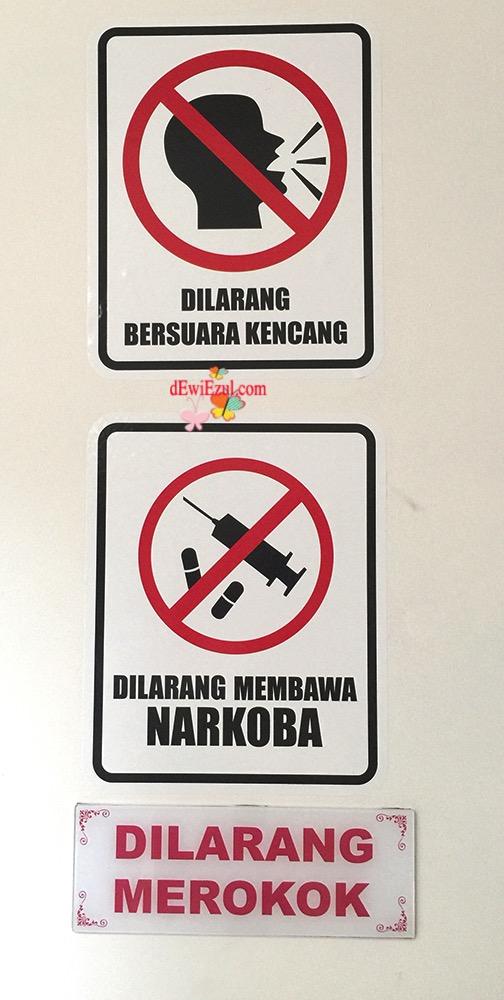 sticker peraturan untuk di rumah kamar kost,rambu rambu untuk di rumah kost,