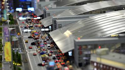 [Internacional]  (Imagens) Aeroporto de Hamburgo em miniatura  Knuffingen-airport_01+%252815%2529