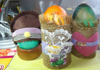 egg cups holders