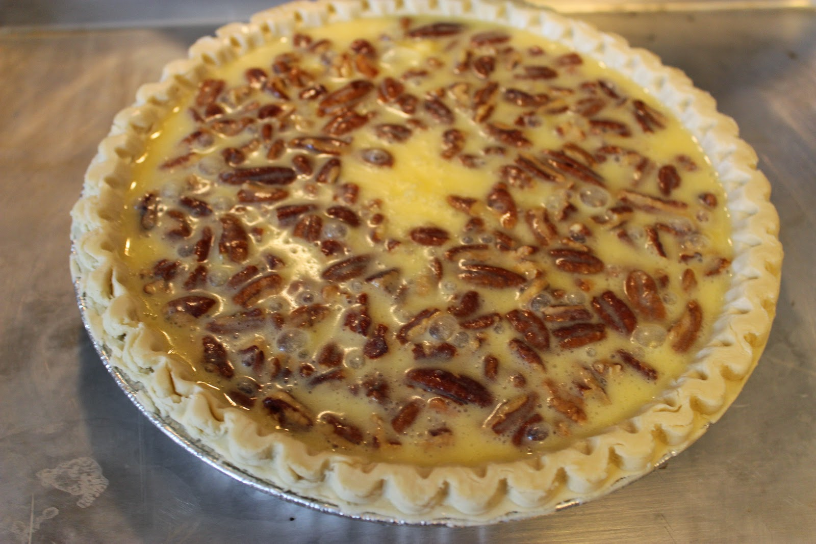 Sweet Tea and Cornbread: Buttermilk Pecan Pie!