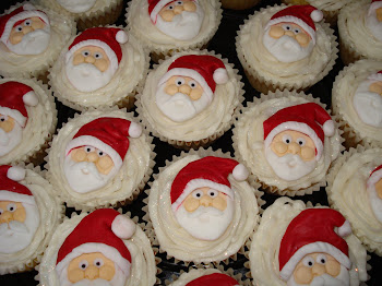 Santa Cupcakes