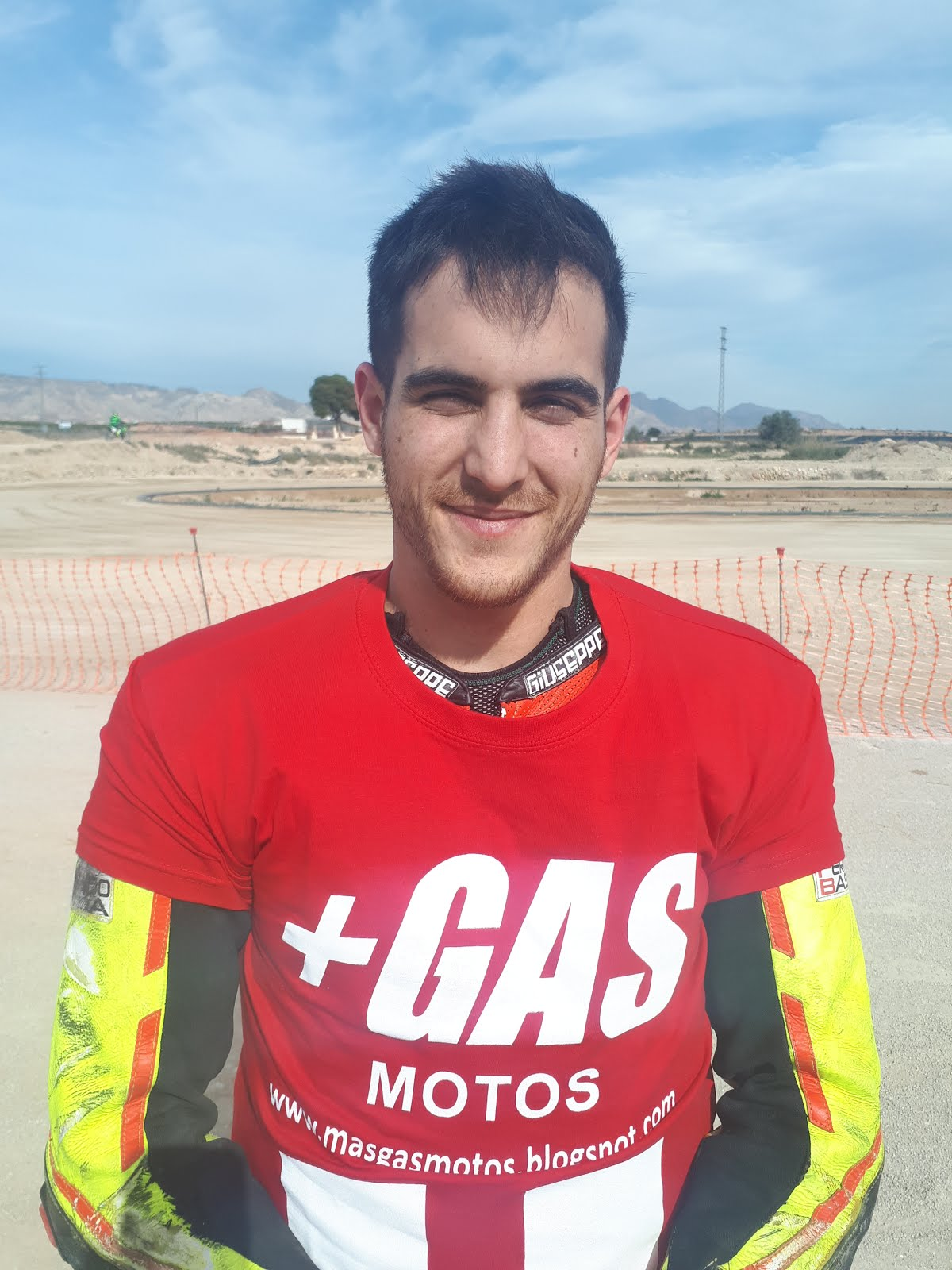 Piloto +GAS Dirt Track