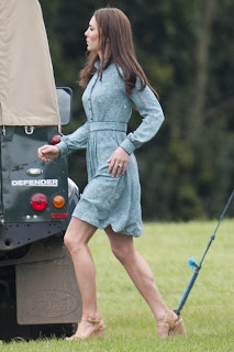 Kate Middleton Leggy Candids