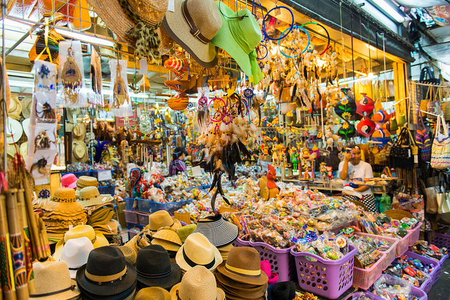 Top 10 Shopping in Pratunam - Bangkok Travel Guide