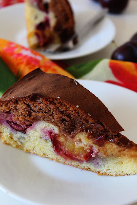Ciasto ze śliwkami i czekoladą