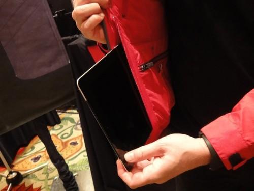 future-futuristic-scottevest-tec-jacket-future-technology-2