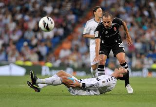 Cristiano+Ronaldo+Real+Madrid+CF+v+Granada+ zgvbomrOs0l صور كريستيانو رونالدو مباراة غرناطة الدوري 2012/2013 2 سبتمبر 2012