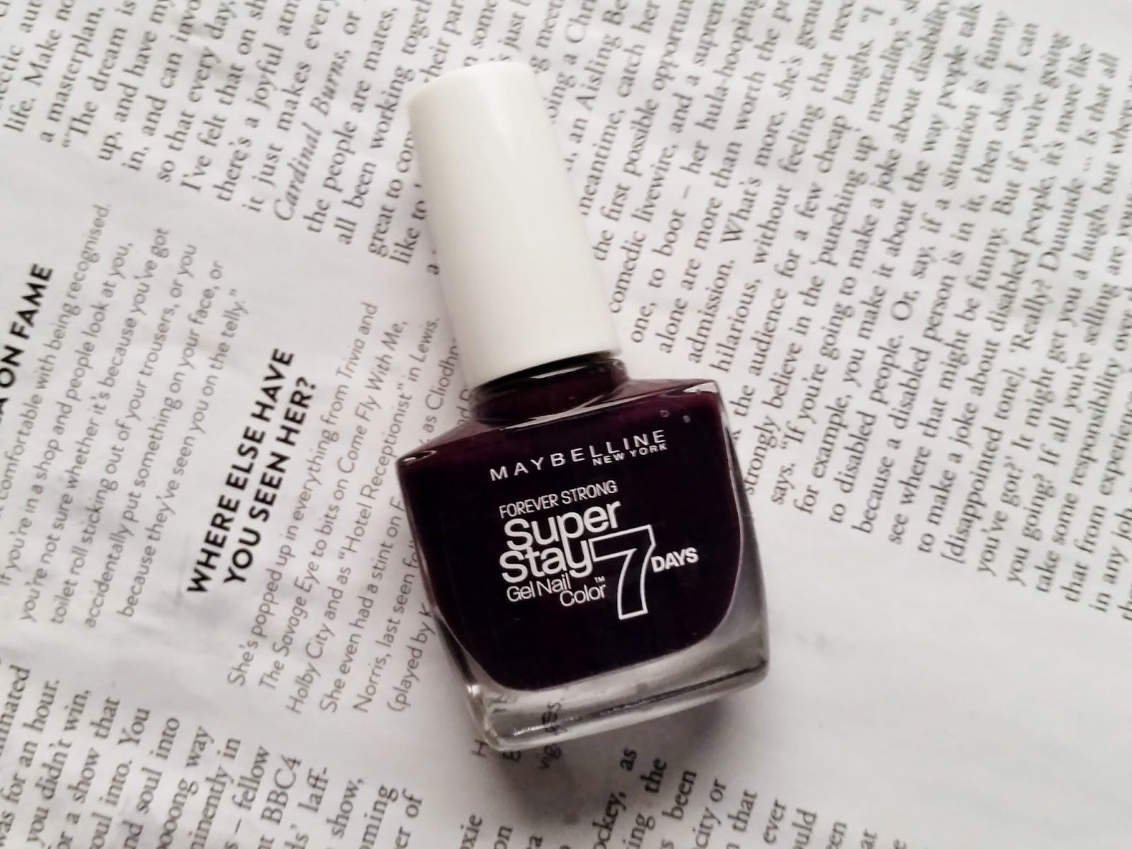 Maybelline SuperStay Gel Polish in Extreme Blackcurrant