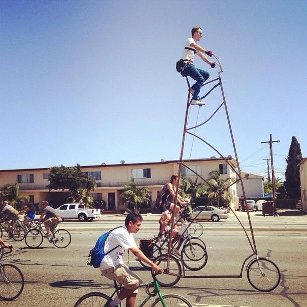 Bicicleta gigante de quase 4,5 m
