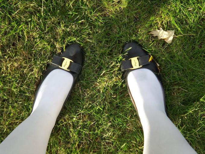Vintage Salvatore Ferragamo shoes, flats, Vara flats, snakeskin, black, 1980s, 80s