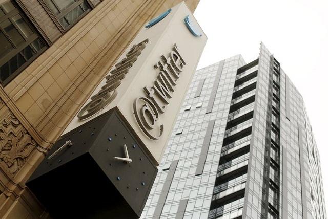 CEO Shakeup Puts Twitter Under Pressure