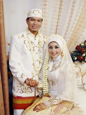foto pengantin muslimah terbaru
