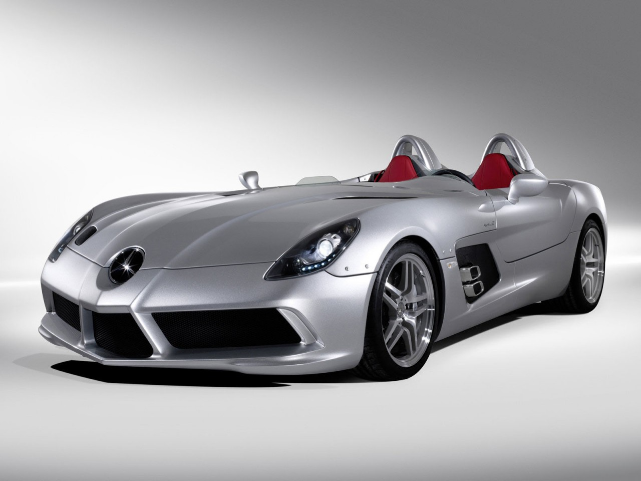 Apni activity cars wallpapers for Mercedes benz best cars